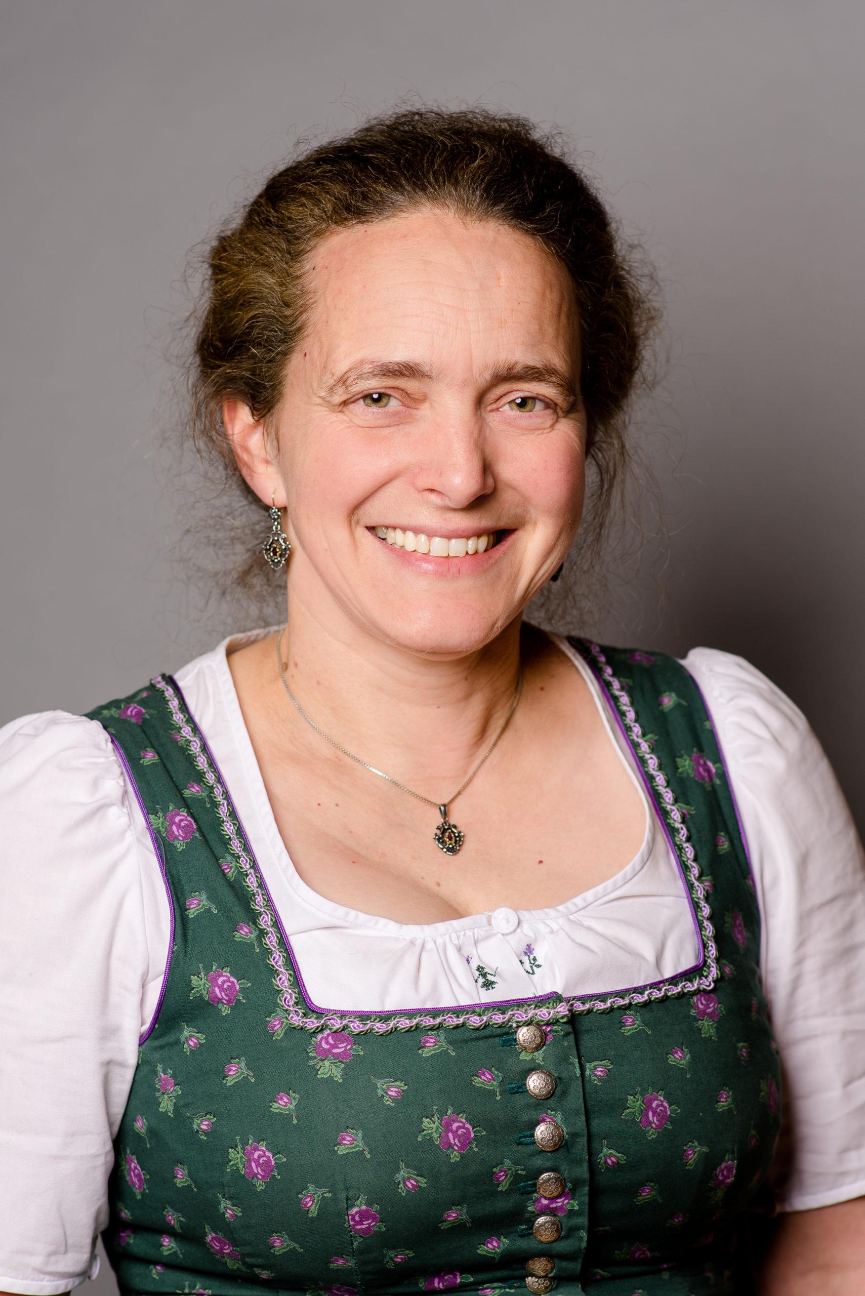 Elisabeth Weinzierl